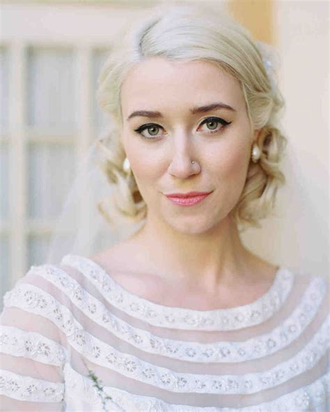 29 Cool Wedding Hairstyles for the Modern Bride   Martha