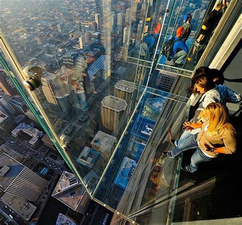 Glass Floor Building Chicago by The Ledge At Skydeck Chicago Hiconsumption