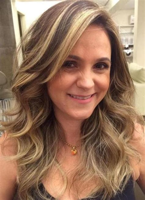 highlighting your hair at age 50 and over 20 best long hairstyles for women of all ages 2018