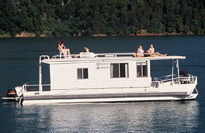 shasta lake house boats holiday harbor resort marina lake shasta ca