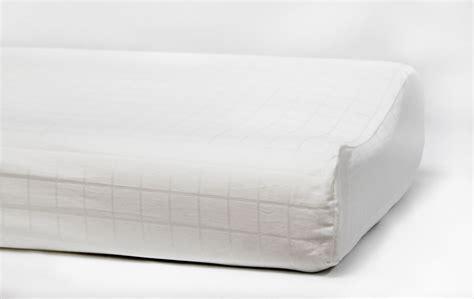 Contour Pillow by Contour Pillow Kouchini