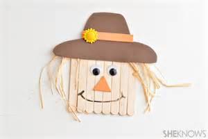 3 simple scarecrow crafts