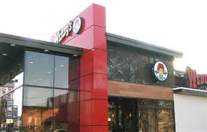 Wendy s to test new restaurant concept in canada