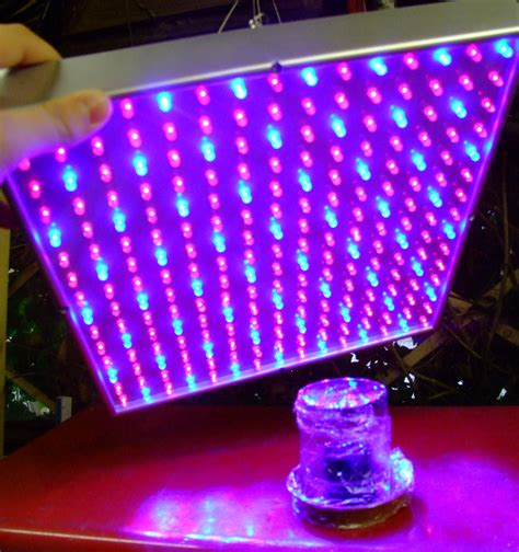 lade grow advanced225 led grow light lifted view