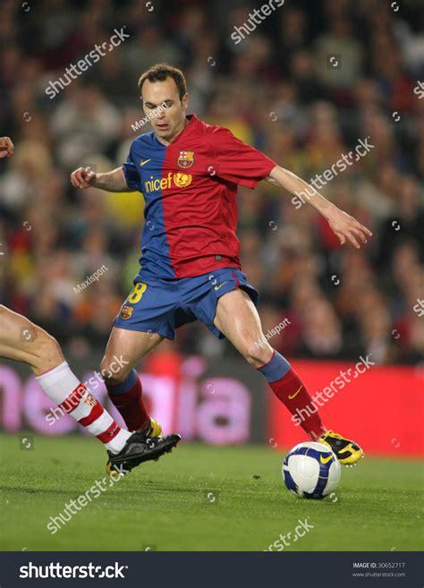 barcelona spain andres iniesta spanish futbol club