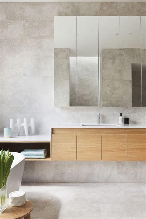 neutral bathroom decor best 25 neutral bathroom tile ideas on pinterest
