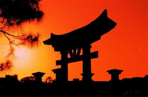 sunset japan silhouette torii gates 1600x1050 wallpaper