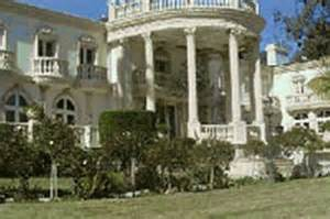 robert homes would president robert mugabe live in a house