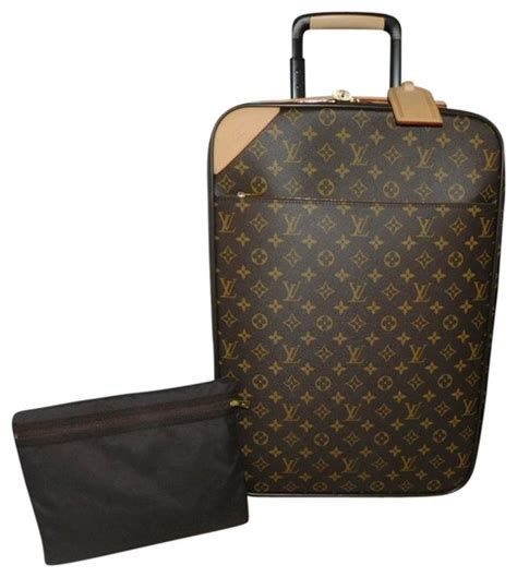 louis vuitton pegase legere  monogram rolling luggage