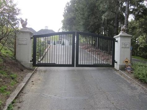 swing gates designs 557 arched gate at www ccoigateandfence com driveway gate