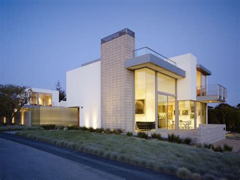 a modern big house architecture