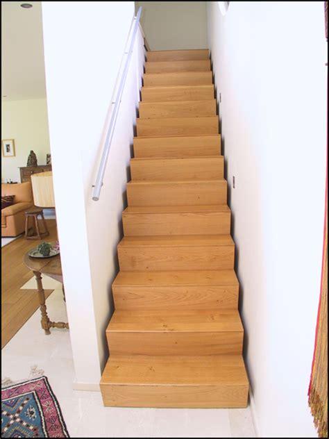 Escalier 2 Marches 18 by Mev Sprl Escaliers Droits Contemporains Entre Murs