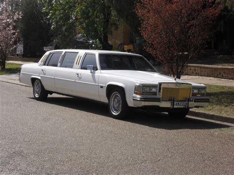 cadillac limousines file 1984 cadillac stretch limousine in australia