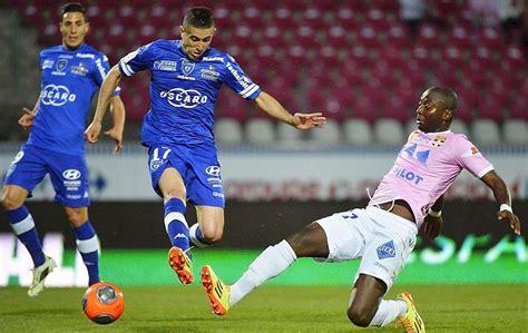 Eviant Tg by Evian Tg Y Est Presque Evian Tg Homes Clubs Ligue 1