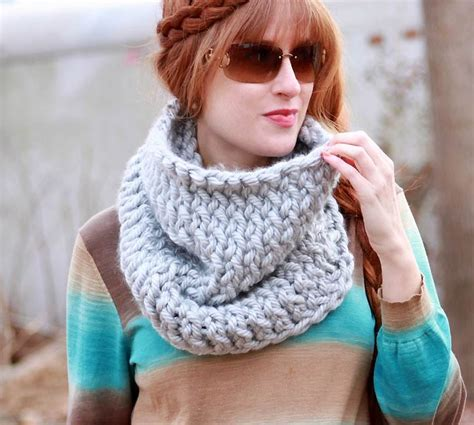 how to knit a muffler for beginners chunky easy knit cowl allfreeknitting