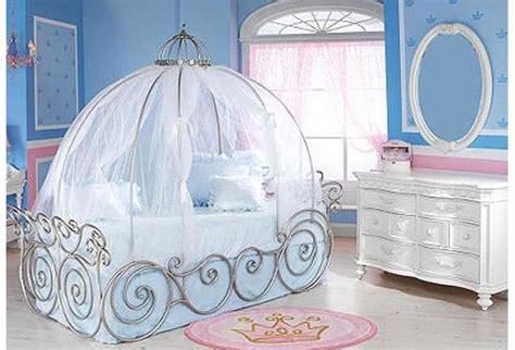 kinderzimmer cinderella himmelbett wish cindrella baby room for the home