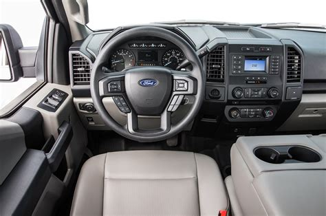 2018 ford f150 seats 2018 ford f 150 lariat and xl test excellence in all forms motor trend