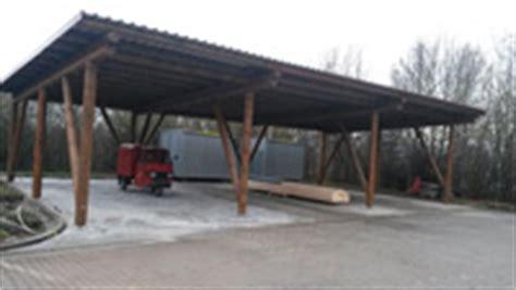 carport aus rundholz produkte rundholz und zaunbau johann bucher r 246 tz