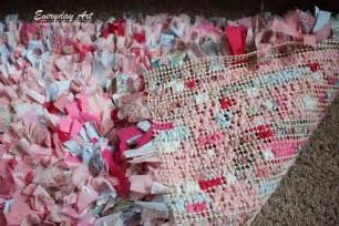 How To Make Handmade Rag Rugs - craftaholics anonymous 174 how to make a rag rug tutorial