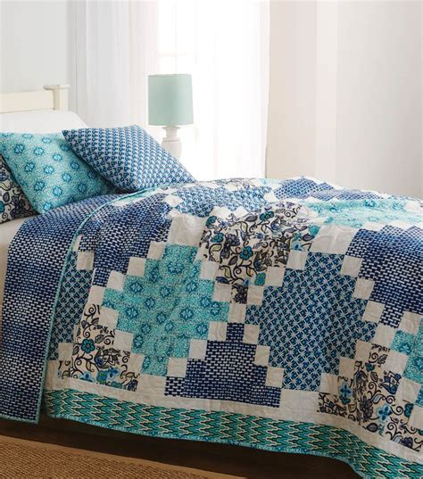 Sewing A Patchwork Quilt - 3994 best images about quilt on triangle