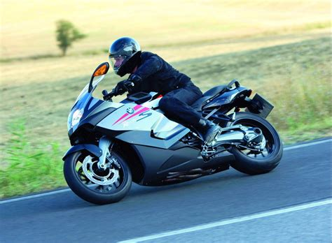 2009 BMW K 1300 S Review   Top Speed