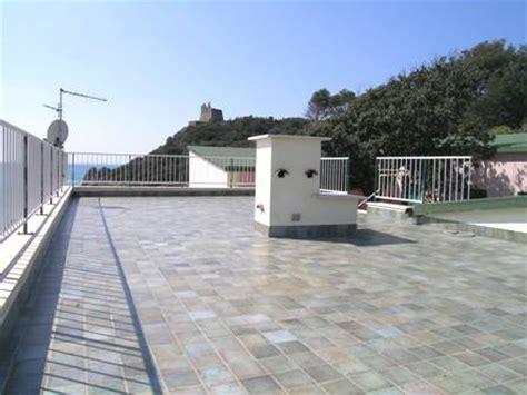 terrazzo condominiale ad uso esclusivo infiltrazioni d acqua dalla terrazza lastrico solare i