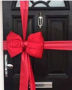 red satin padded door bow decorating pack  big car