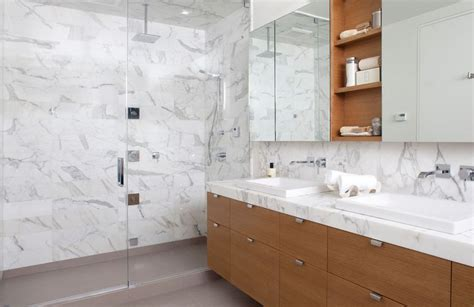 White Cabinet Bathroom Ideas by Sophisticated Bathroom Designs That Use Marble To Stay Trendy