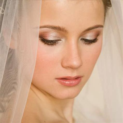 Bridal Beauty Tips for A Natural Wedding Makeup Look