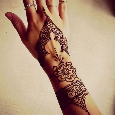 henna tattoo einfach 44 best henna images on ideas mandala