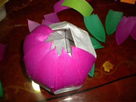 How To Make Paper Lotus Lantern - diy lotus and paper lanterns craft ideas