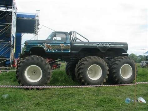 monster mud truck videos monster mud trucks monster mud trucks have you seen