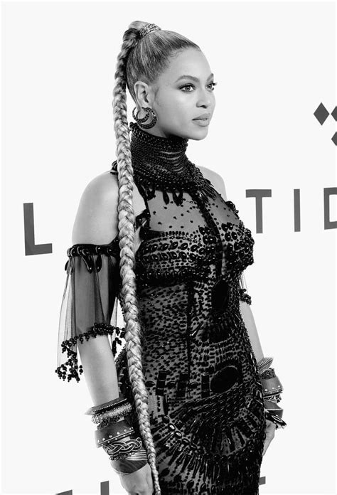 Beyoncé's hologram and fresh performance at TIDAL X 1015 a