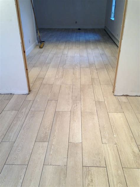 Home Depot Wood Look Tile Lowes Porcelain Wood Tile Tiles Lowes Ceramic Tile That