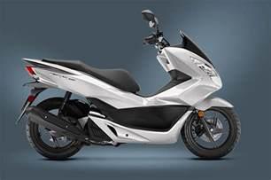 Honda 150 Scooter Review Of 2017 Honda Pcx150 Scooter Bikes Catalog
