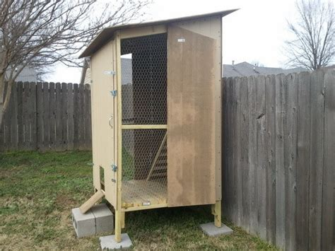 Diy Backyard Chicken Coop by How To Build A Backyard Chicken Coop For 250