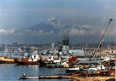 porto cinese il porto cinese di shenzhen collaborer 224 con lo scalo di