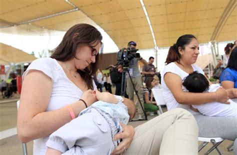 allattamento al seno alimentazione dal ciuccio a dieta mamma un decalogo per l allattamento