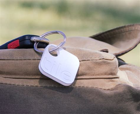 Keychain Tracker Tile Smartphone Tracking Devices The Gadgetista