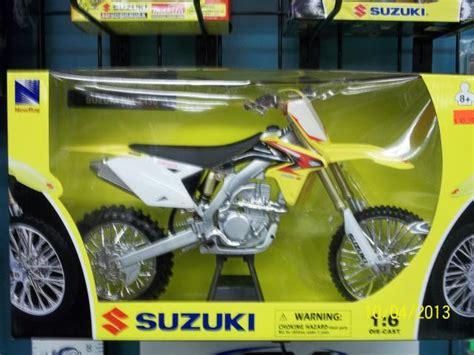 motocross bike breakers die cast 1 6 motocross bikes breakers marine