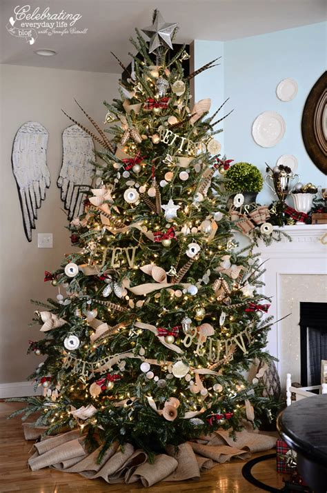 christmas tree decorating ideas with plaid ribbon hunt country inspired tree ralph inspired tree plaid tree