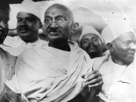 funwithenglishandmore mahatma gandhi remembering gandhi portraits of mahatma 121clicks com