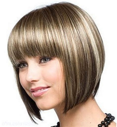 Medium Feathered Bob | short side swept layered sleek long bob feather hairstyle