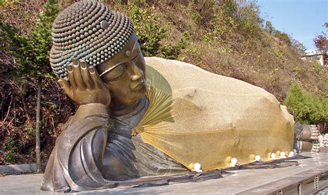 Reclining Budda by File Manbulsa Nirvana Statue Or Reclining Buddha 11 10250