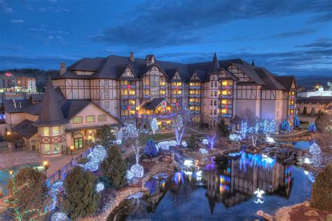the inn at christmas place pigeon forge tn