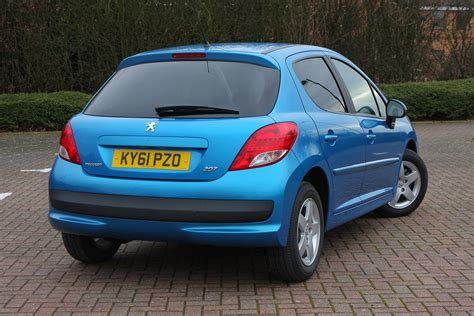 peugeot for sale peugeot 207 hatchback 2006 2012 photos parkers