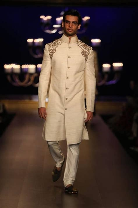 Azure Wedding Concept Review by Lakme Fashion Week Winter 2014 Manish Malhotra