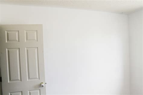 best white paint for walls white walls and reader s choice ceiling paint color