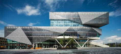 Nieuwegein City Hall by 3XN Architects 03