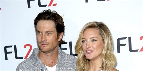 oliver hudson father oliver hudson slams estranged biological father bill